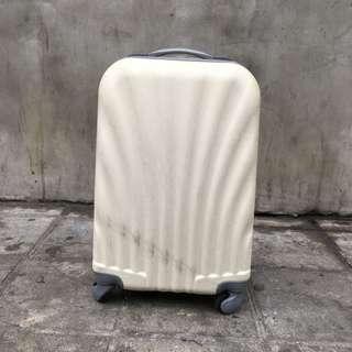 🚚 貝殼行李箱