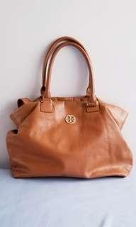 Tory Burch brown should / crossbody handbag 咖啡色真皮手袋