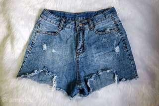 Denim tattered jeans