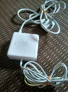 Apple 85W MagSafe 2 Power Adapter model A1424