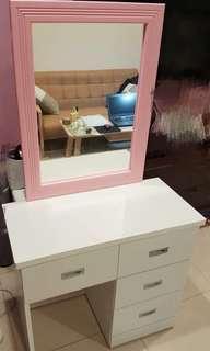日式風格化妝台 9成新 不含椅子 尺寸參考圖2