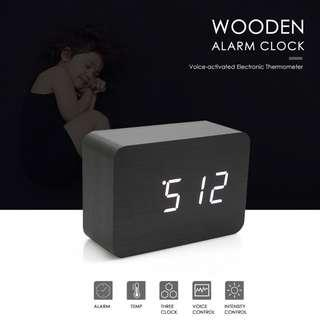 VOICE-ACTIVATED ELECTRONIC THERMOMETER WOODEN ALARM CLOCK