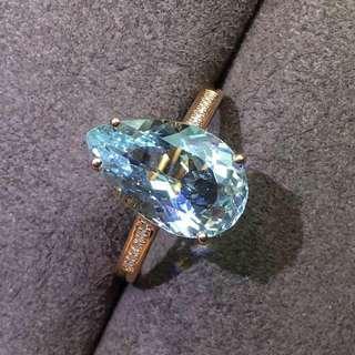 天然海藍寶18k金鑽石戒指,款式簡單精緻 ,顏色美, 晶體乾淨,實物顏色火彩超美 主石3.5ct,14x8.5mm ,免費改圈