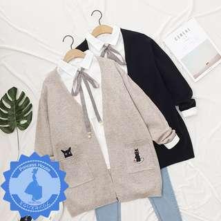 日系原單 貓咪口袋寬鬆中長款針織外套 MA5514 米灰/深藍 $149 預購