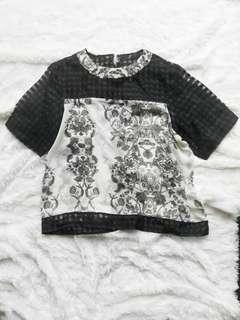 Blouse black white