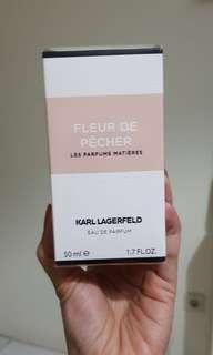 Fleur de Pecher Karl Lagerferd