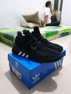 adidas eqt bas edv triple black