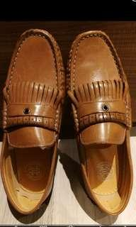 Vintage Cognac Brown Leather Men's Loafers (Size 39/40)