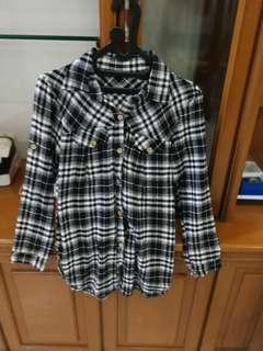 Chequered shirt black and white