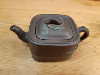 🚚 方竹壺