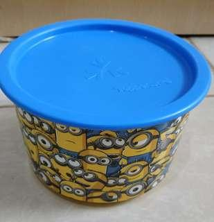 Tupperware Minion Gigle Canister Toples Minion 940ml