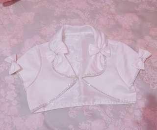 blazer putih (mirip cardigan)