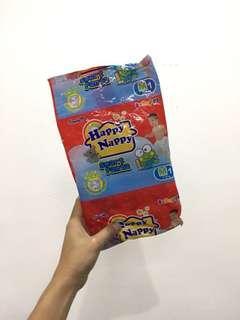 Happy nappy 1s ukuran M