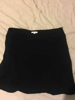 Lily loves black skirt with zip size 12