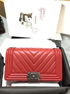 Chanel boy calf