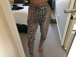 Seed heritage drop crutch leopard pants XS