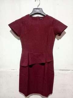Dress merah pendek Esprise