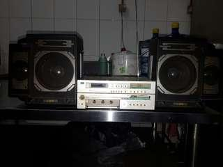 RADIO SANSUI MADE IN JAPAN...