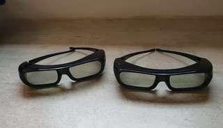 Selling cheap! Sony 3d glasses(2011) take both for $12