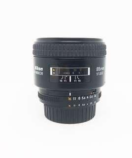 Preloved Lensa Nikon AF Nikkor 85mm F/1.8D