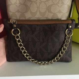 Micahel Kors belt bag