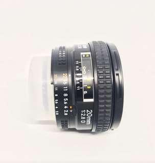 Preloved Lensa Nikon AF Nikkor 20mm F/2.8D
