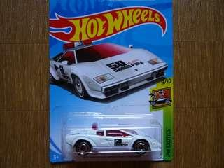 Hotwheels Lamborghini Countach Pace Car (white)