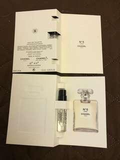 Chanel  N°5  香水 1.5ml(如圖),現售每枝$20。「請勿議價」。  茘枝角交收(其他地點,日期時間互就)或另加郵寄費每枝$4.0(郵寄不包風險)。