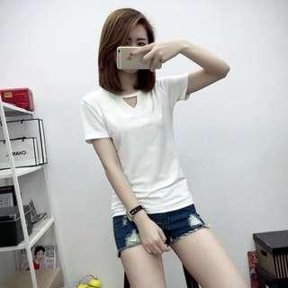 🚚 韓版 小三角 鏤空 短袖 T恤