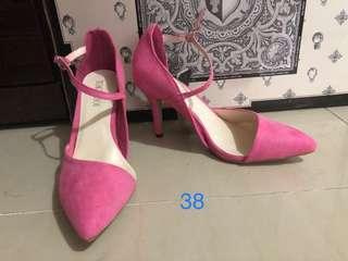 🚚 桃粉色繞踝高跟鞋