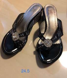 🚚 楔型涼鞋24.5cm