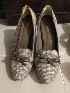 La mode秋冬款高跟鞋