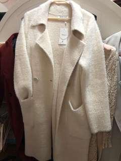 秋冬韓版氣質寬鬆版絨大衣 質量超好 米白色大摟 有size可選 順豐包郵