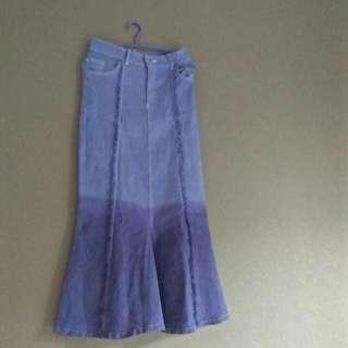 Rok jeans ripped degradasi