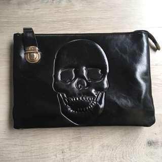 Skull clutch / sling bag