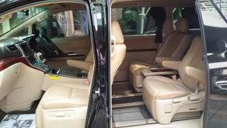 Di jual mobil Toyota Vellfire Tahun 2010 SS lengkap