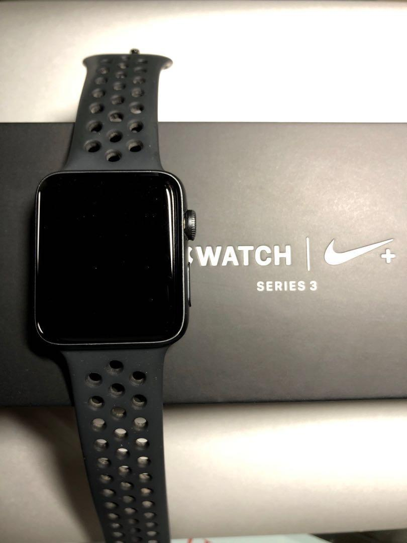 par cosa Monje  Apple Watch Series 3 (Nike 42mm GPS), Electronics, Others on Carousell