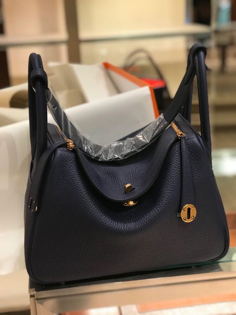 bnib hermes lindy 30 ghw blue encre  luxury  bags