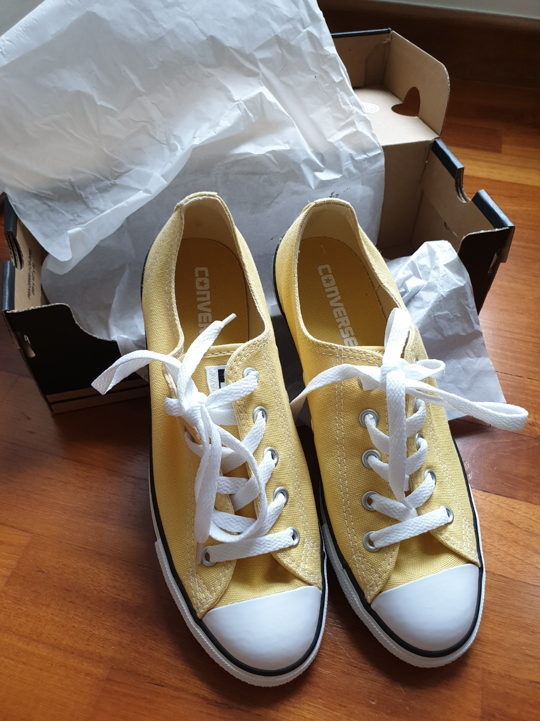 ff10cf8915f4 Converse Dainty Ox Pastel Yellow Sneakers