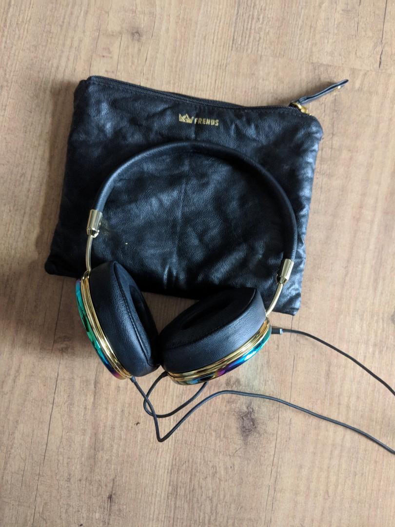 FRIENDS 'Taylor' Headphones