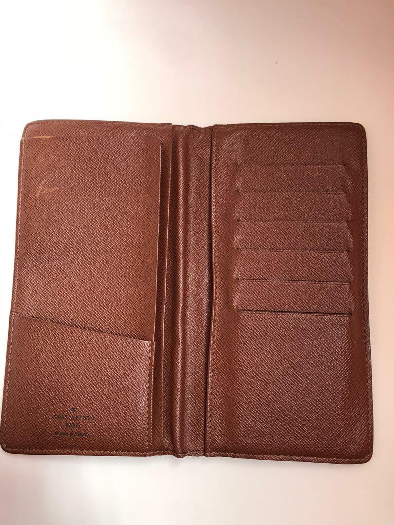 56a68188eba Louis Vuitton Brazza Wallet