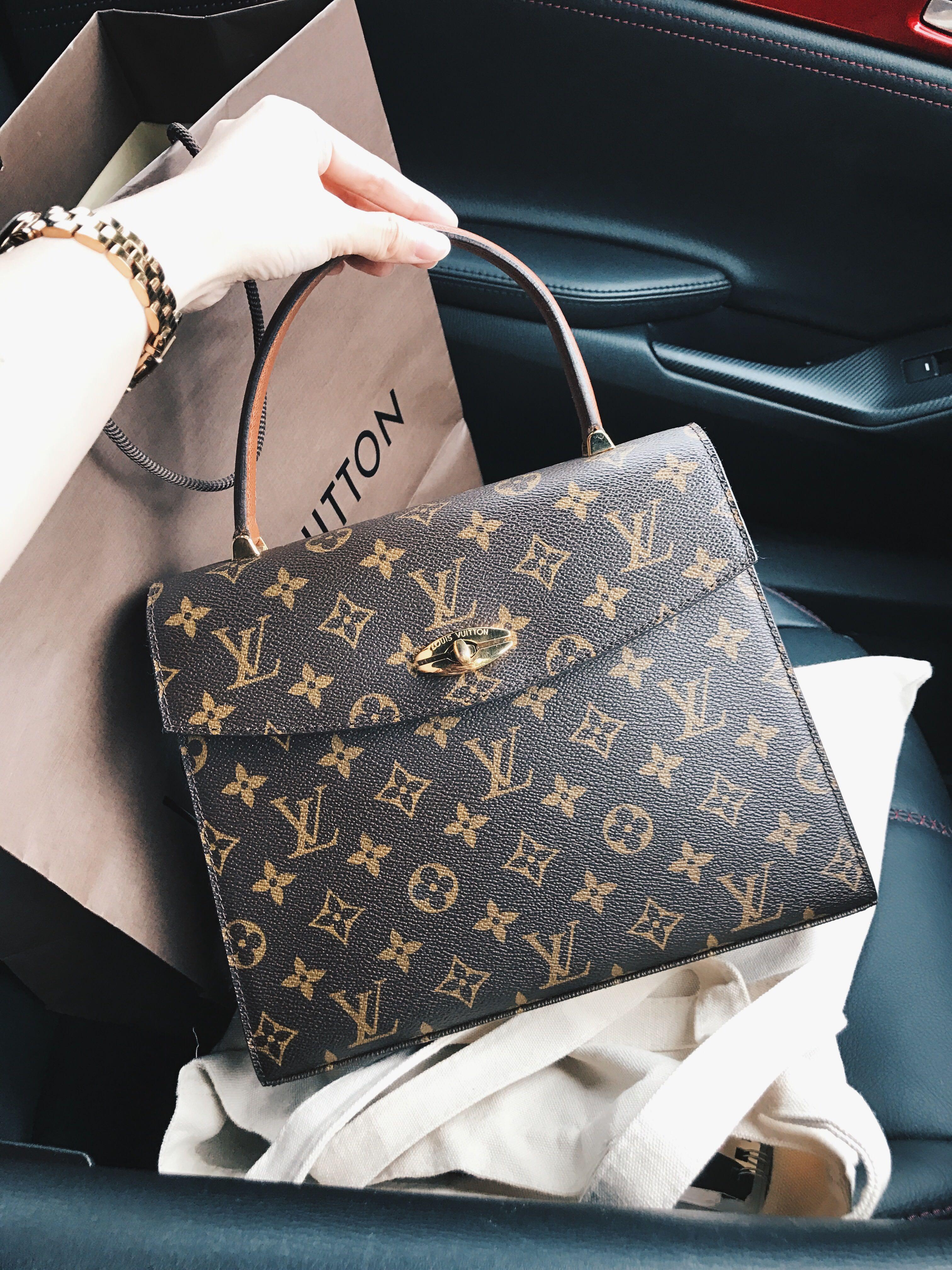 fdb3f5353f3 Louis Vuitton LV Kelly Malesherbes bag