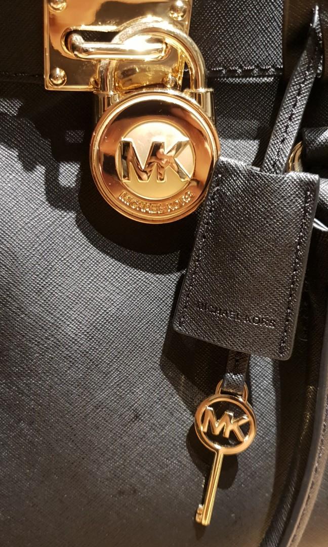 f3fb50b9bd16 Michael Kors Handbag, Women's Fashion, Bags & Wallets, Handbags on ...