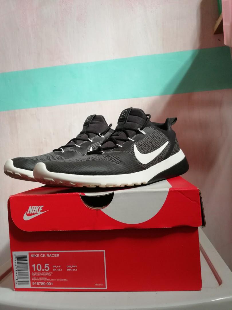 buy online 1f46d b1a65 Nike CK Racer, Men's Fashion, Footwear, Sneakers on Carousell