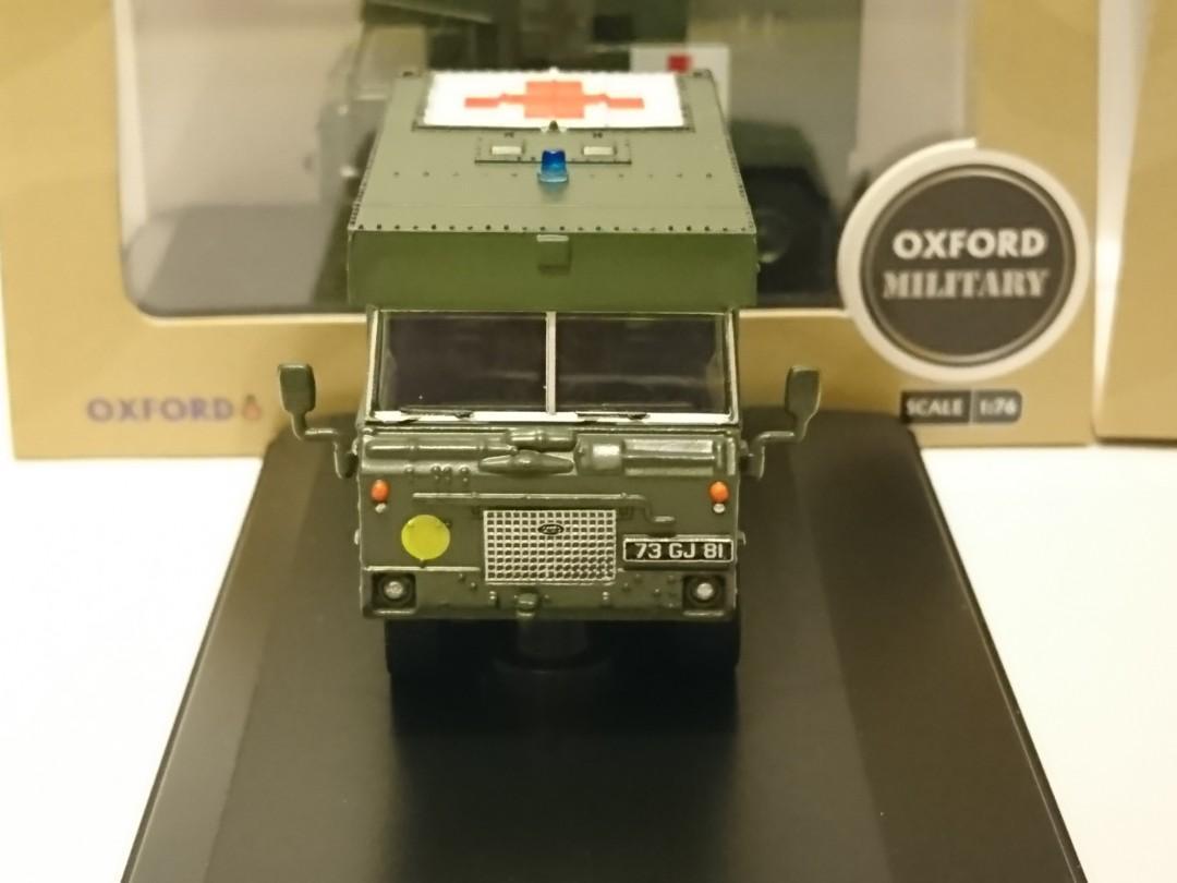 OXFORD MILITARY Land Rover 101 FC Ambulance Nato Green 英國路虎軍車 British Army vehicle 英國英軍救護軍車 1:76 CODE:76LRFCA002(全軍綠色)