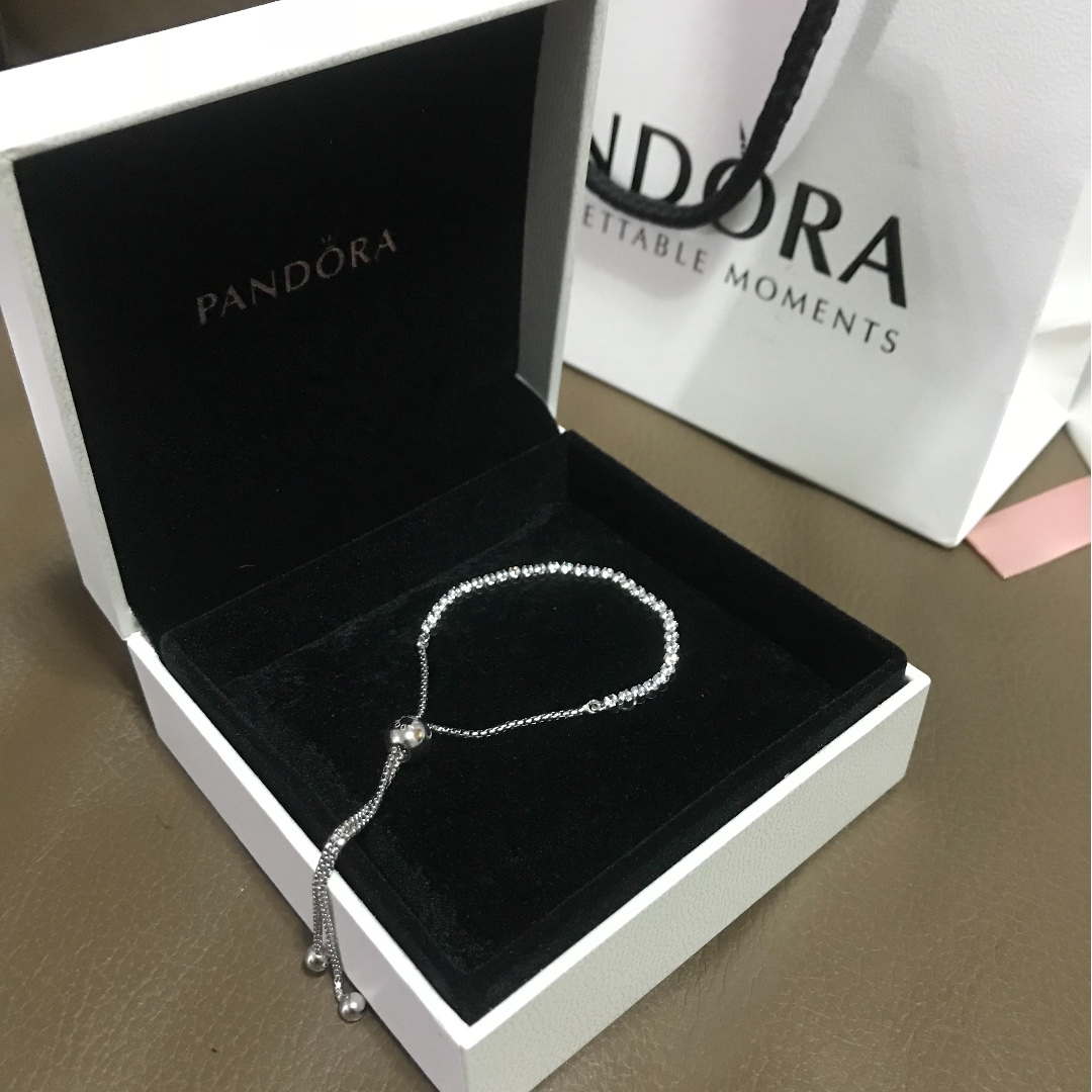 96955c8bb Pandora Sparkling strand bracelet, Women's Fashion, Jewellery ...