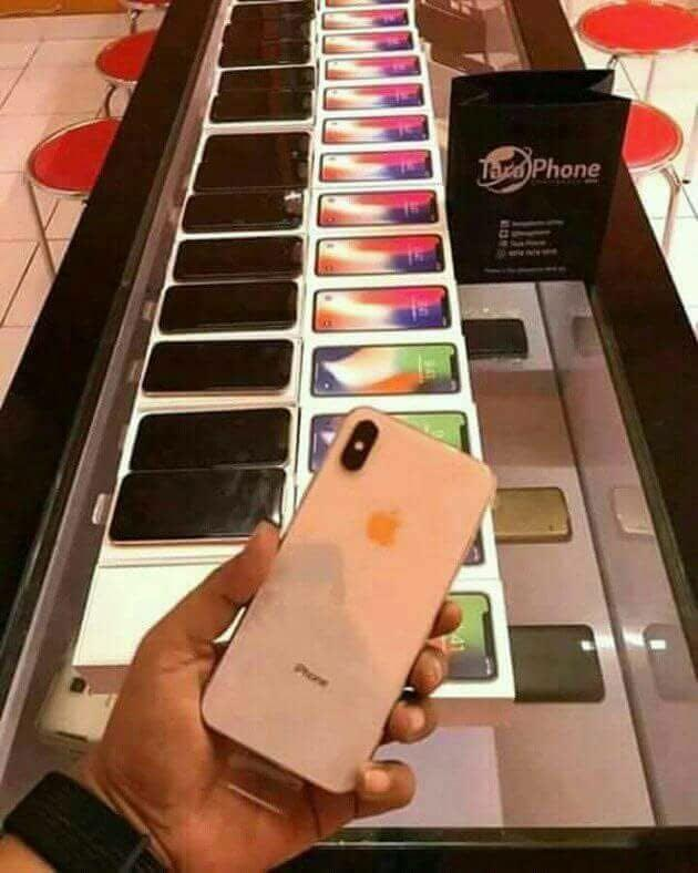 SELAED iPhone X / XS & X max with Apple Watch