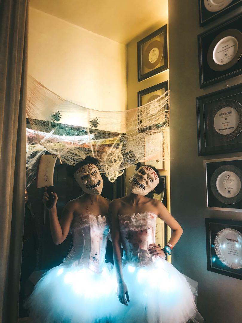The Purge Kiss Me Halloween Costume and Mask, Women\u0027s