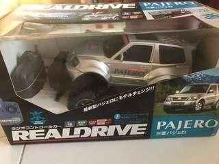 遙控車 Remote Control Car Mitsubishi Pajero