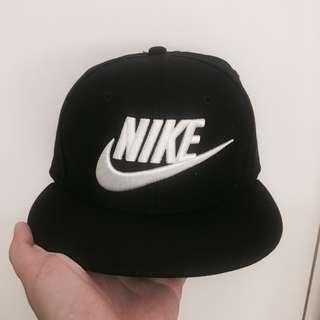 nike logo 黑色棒球帽
